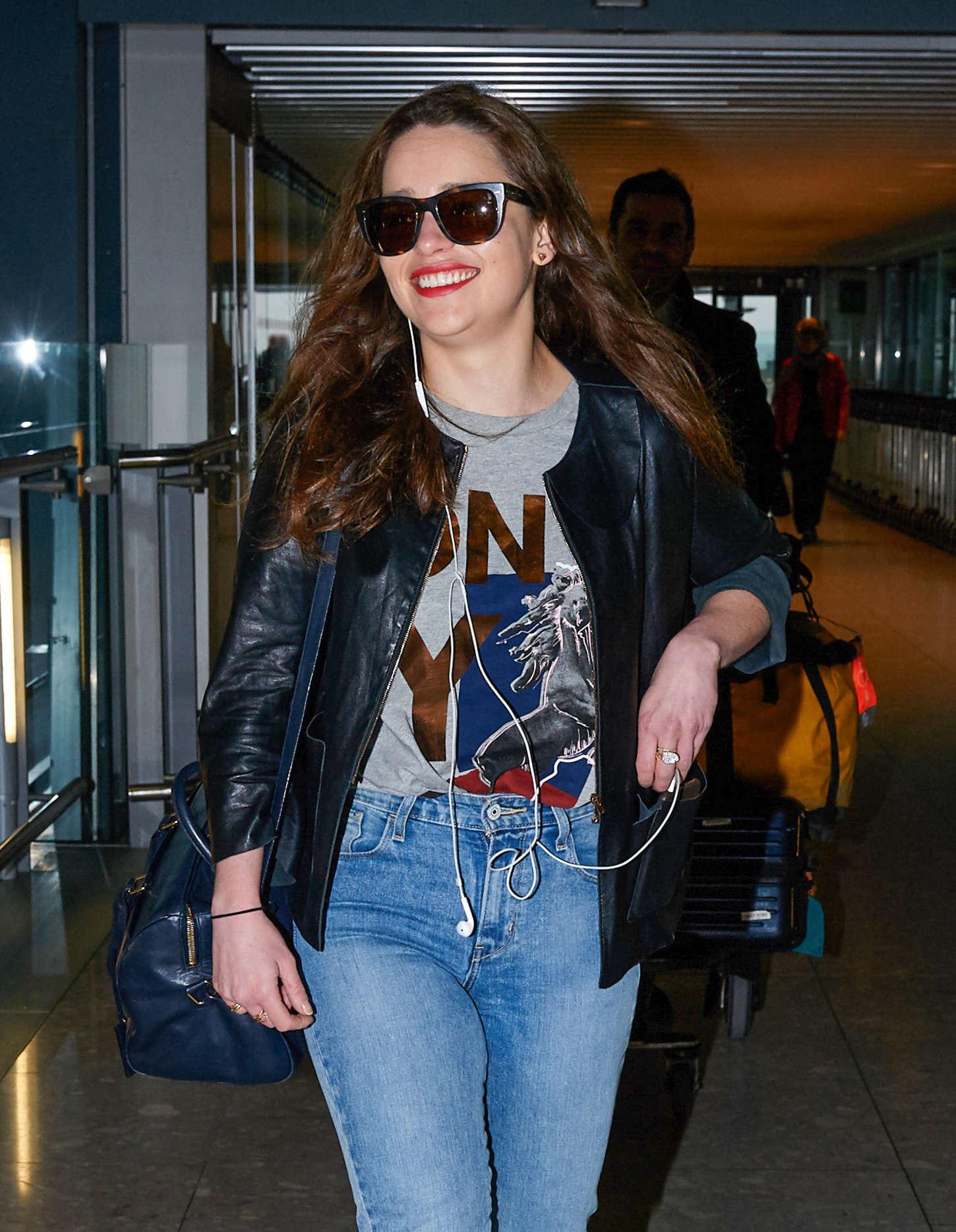 Emilia Clarke 2015 : Emilia Clarke in Jeans -02