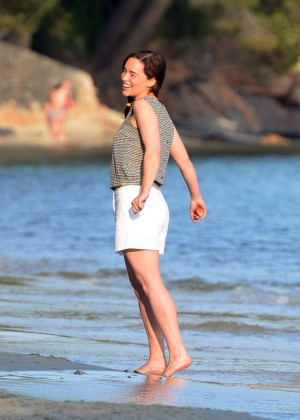 Emilia Clarke on Me Before You -24