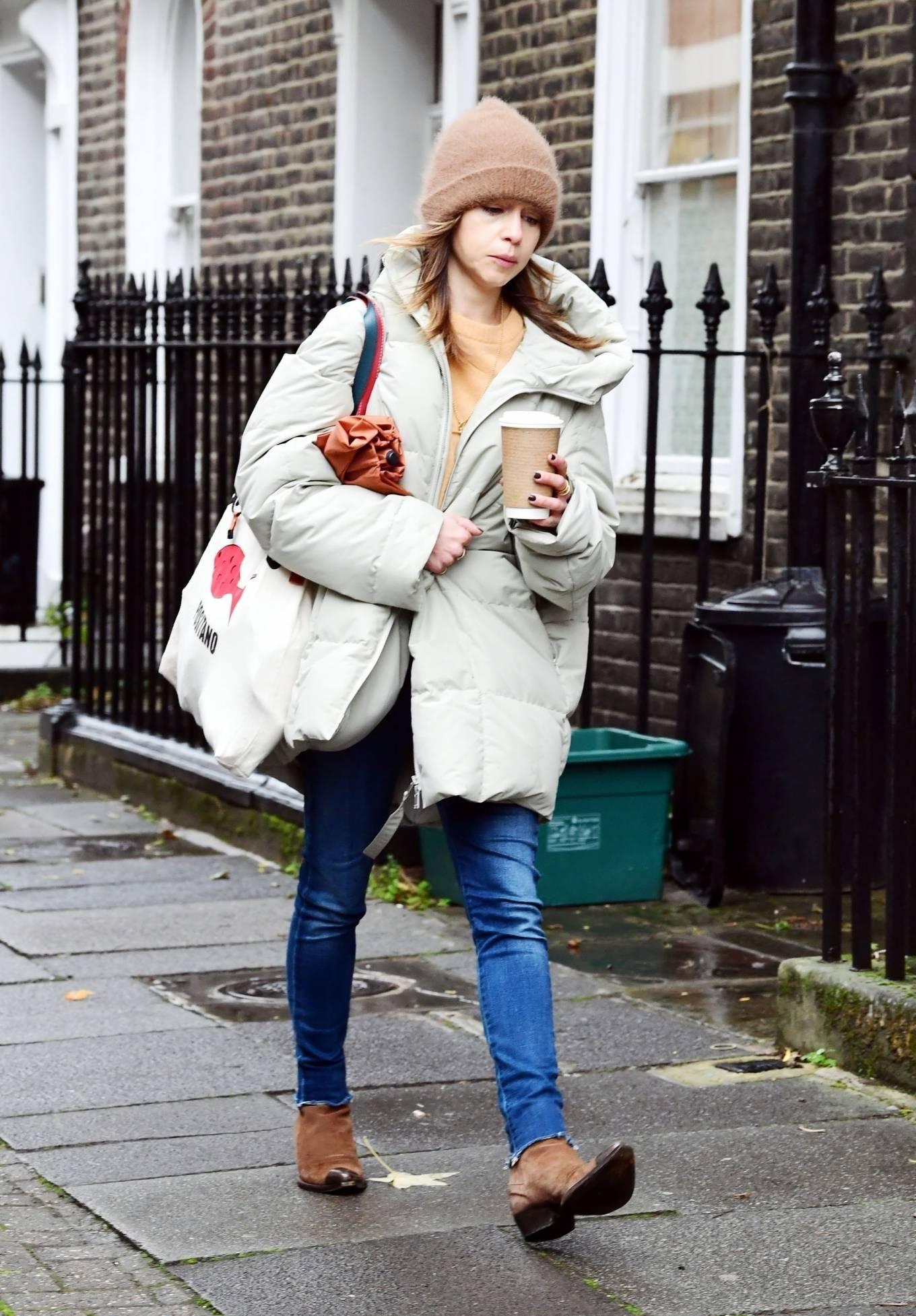 Emilia Clarke 2020 : Emilia Clarke – Out in London-09