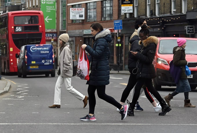 Emilia Clarke 2021 : Emilia Clarke – running an errand in East London-05