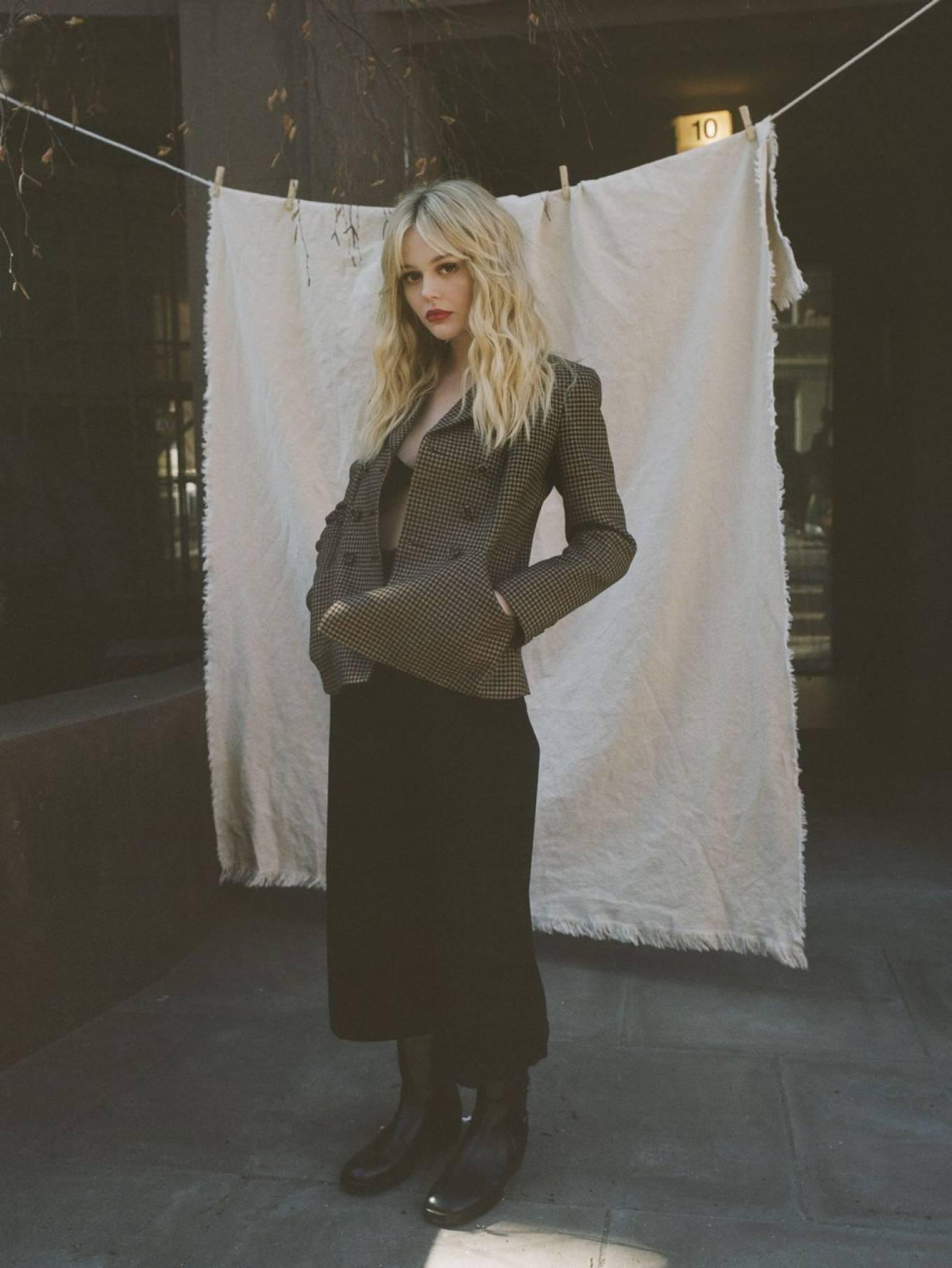 Emily Alyn Lind 2021 : Emily Alyn Lind – Harpers Bazaar (March 2021)-04