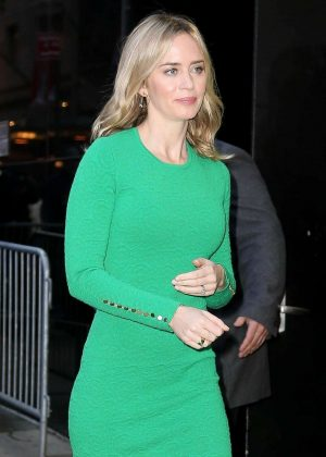 Emily Blunt – Arrives on 'Good Morning America' in New York