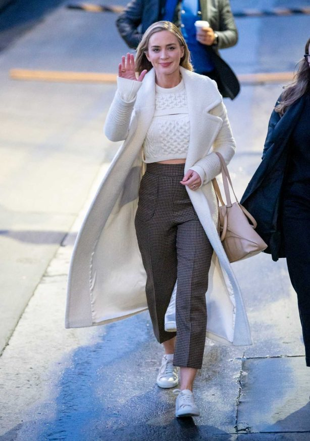 Emily Blunt - Arriving on 'Jimmy Kimmel Live' in Hollywood