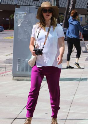 Emily Blunt at Farmer's Market in Los Angeles