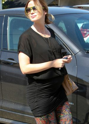 Emily Blunt at Meche Salon in Beverly Hills