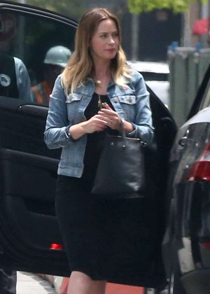 Emily Blunt at Palm Restaurant in Beverly Hills