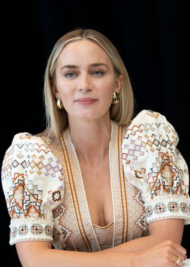 Emily Blunt - Posing at A Quiet Place Photocall in New York