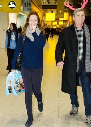 Emily Blunt at Heathrow Airport -01