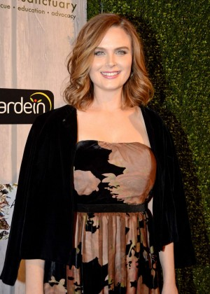 Emily Deschanel - Farm Sanctuary's 2015 Gala in New York