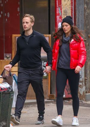Emily Didonato and husband Kyle Peterson - Shopping in Soho