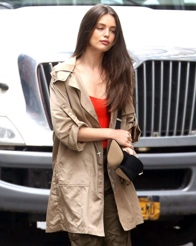 Emily Didonato - Attend a Maybelline shoot in New York City