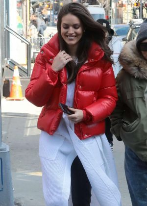 Emily DiDonato - Takes a break on the set of a Maybelline photoshoot in NYC