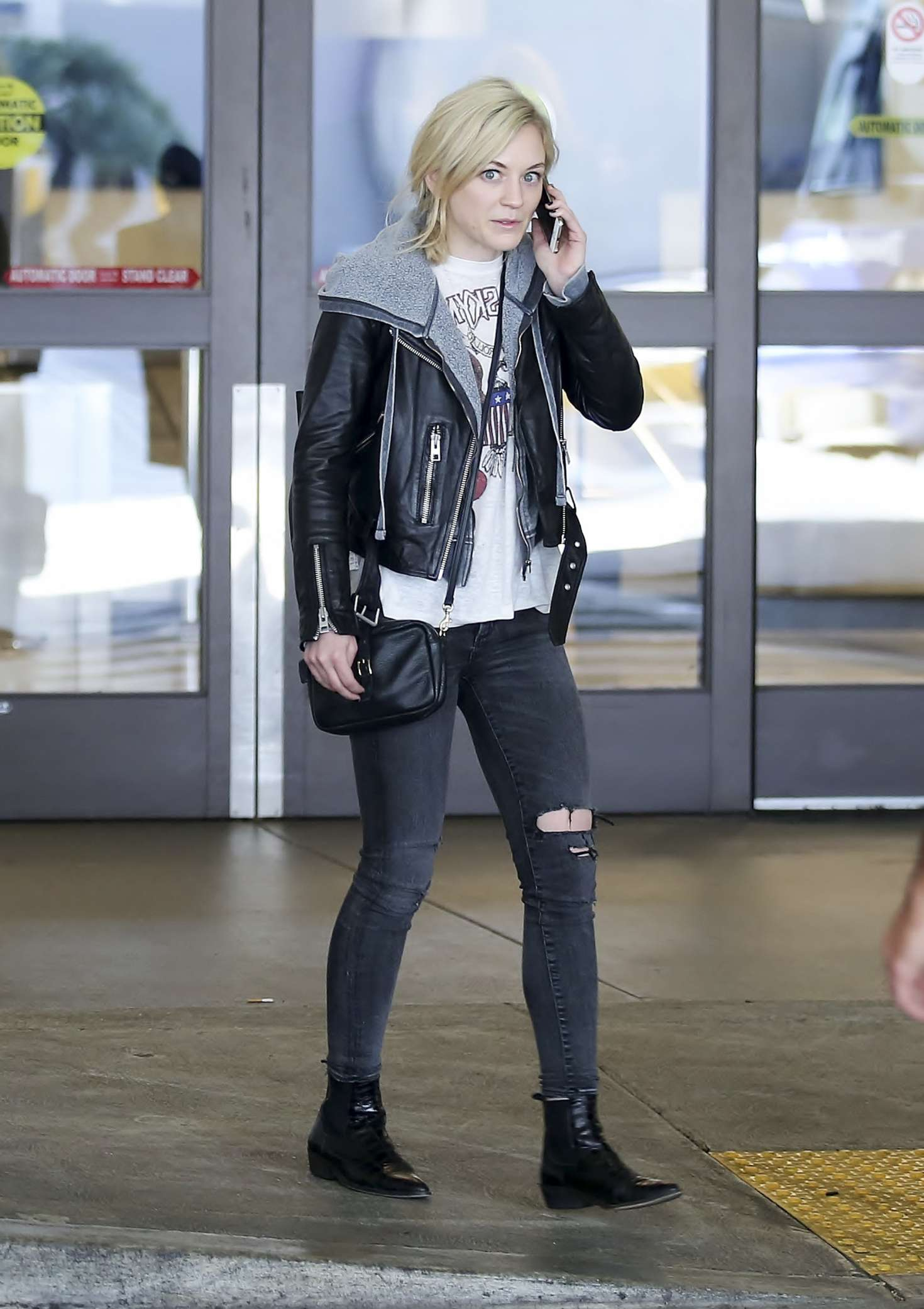 Emily Kinney 2017 : Emily Kinney at LAX Airport in LA -03