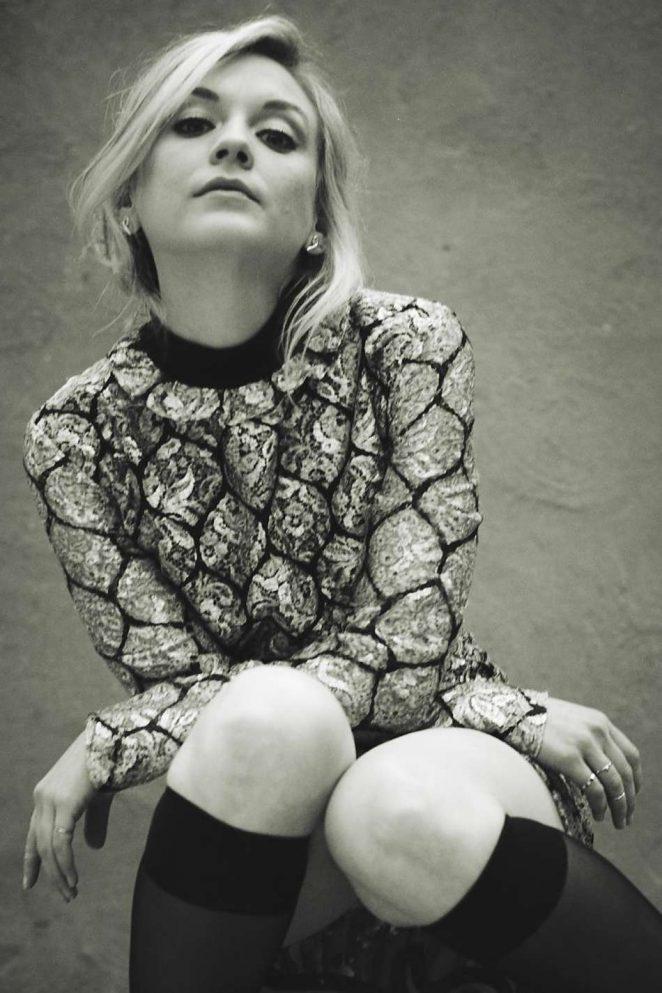 Emily Kinney - Monrowe Magazine by Stefano Ortega 2016