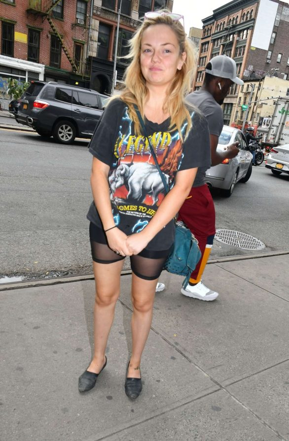Emily Meade - Spotted around town in downtown Manhattan