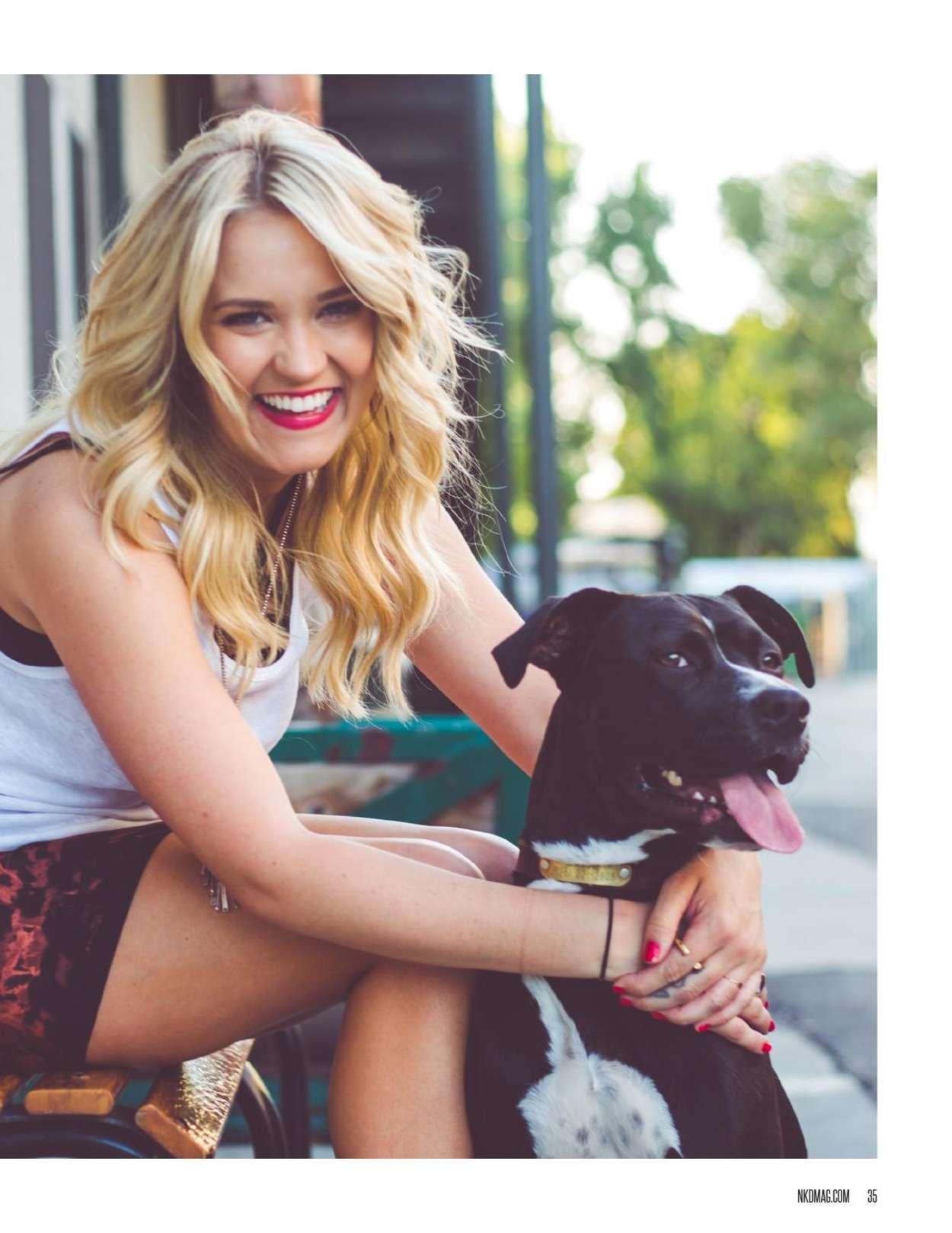 Emily Osment Bikini Pic 39