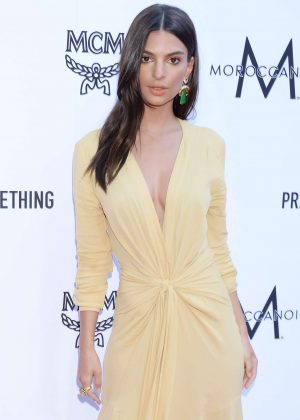 Emily Ratajkowski - 2018 Fashion Los Angeles Awards in LA