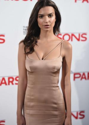 Emily Ratajkowski - 2015 Parsons Fashion Benefit in NYC