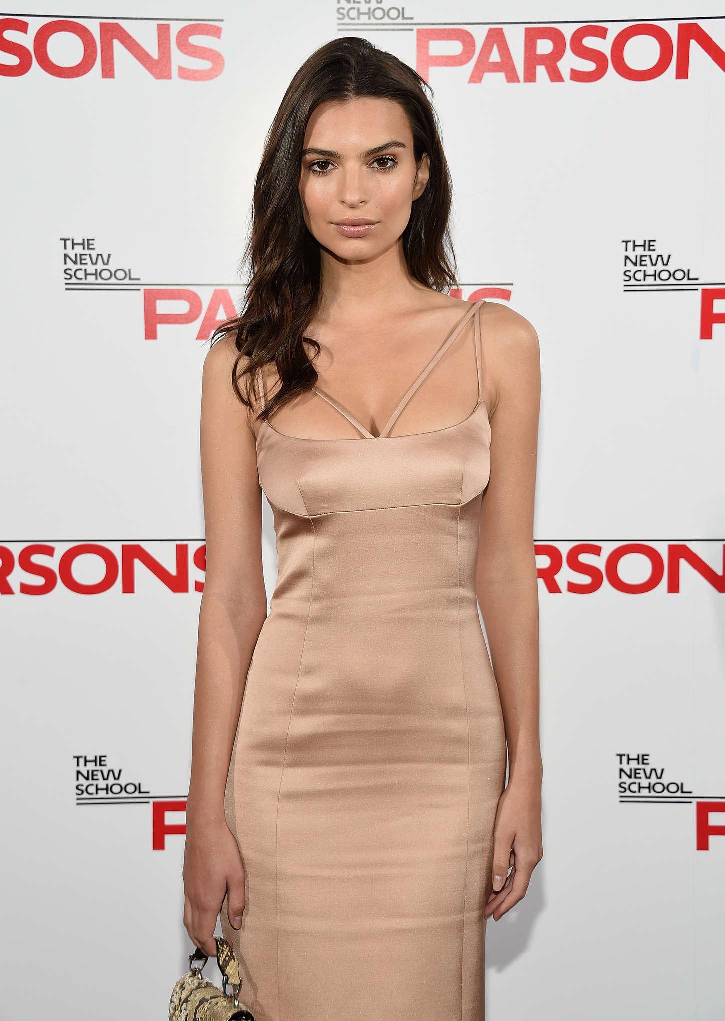 Emily Ratajkowski 2015 : Emily Ratajkowski: 2015 Parsons Fashion Benefit -05