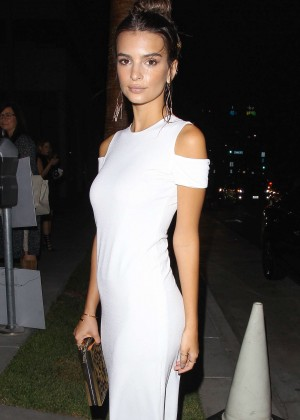 Emily Ratajkowski - Alice + Olivia Fashion Show 2016 in Los Angeles