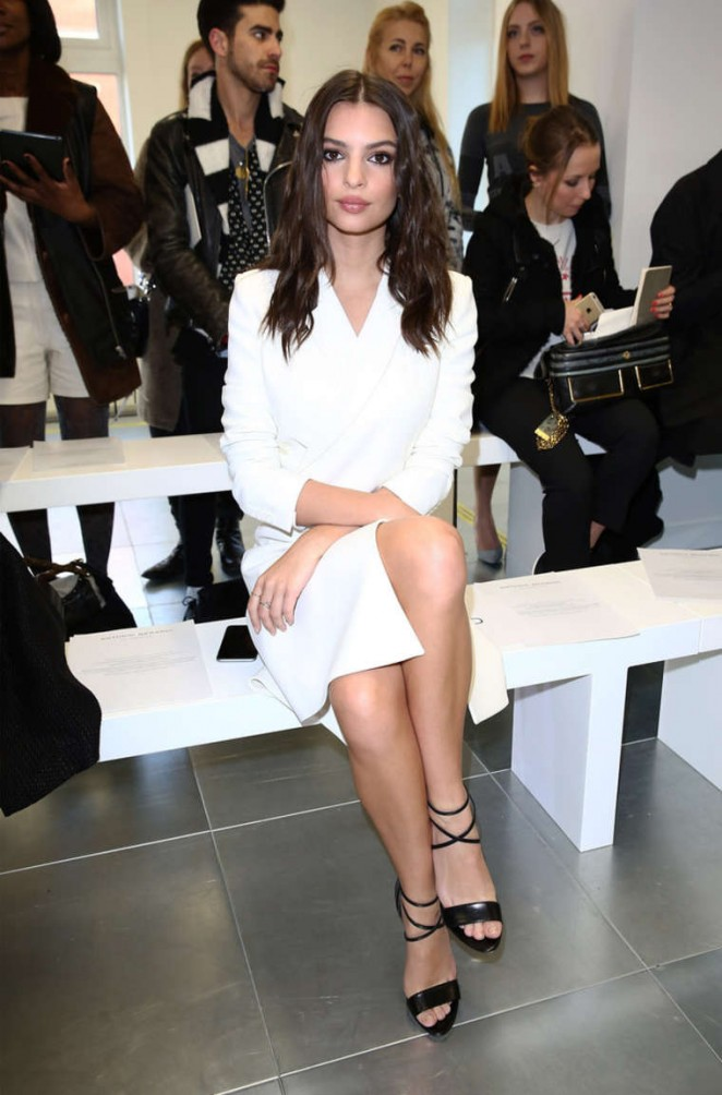 Emily Ratajkowski - Antonio Berardi Fashion Show 2015 in London