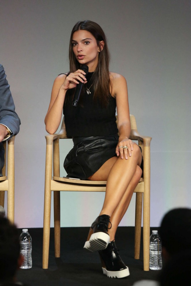Emily Ratajkowski - Apple Store Soho Presents: Meet The Community Behind Fancy in NYC