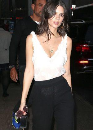 Emily Ratajkowski - Arrives at H&M Store in New York
