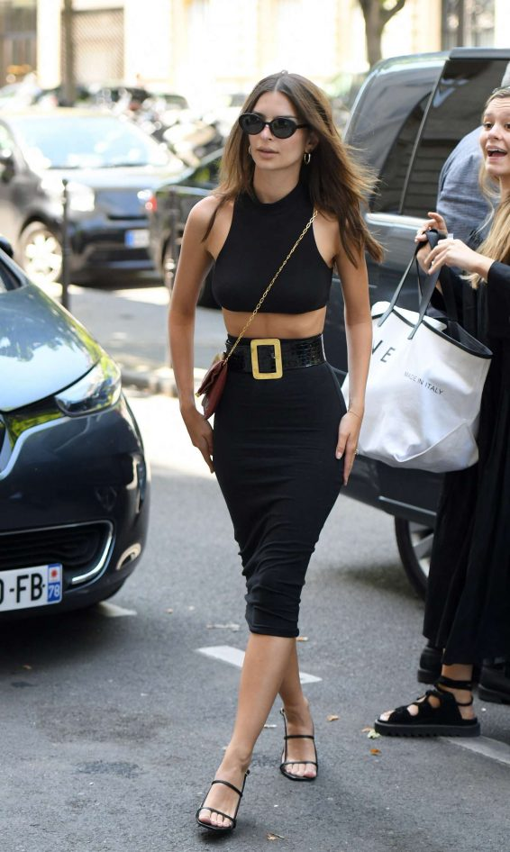 Emily Ratajkowski 2019 : Emily Ratajkowski: Arrives at Royal Monceau hotel-05