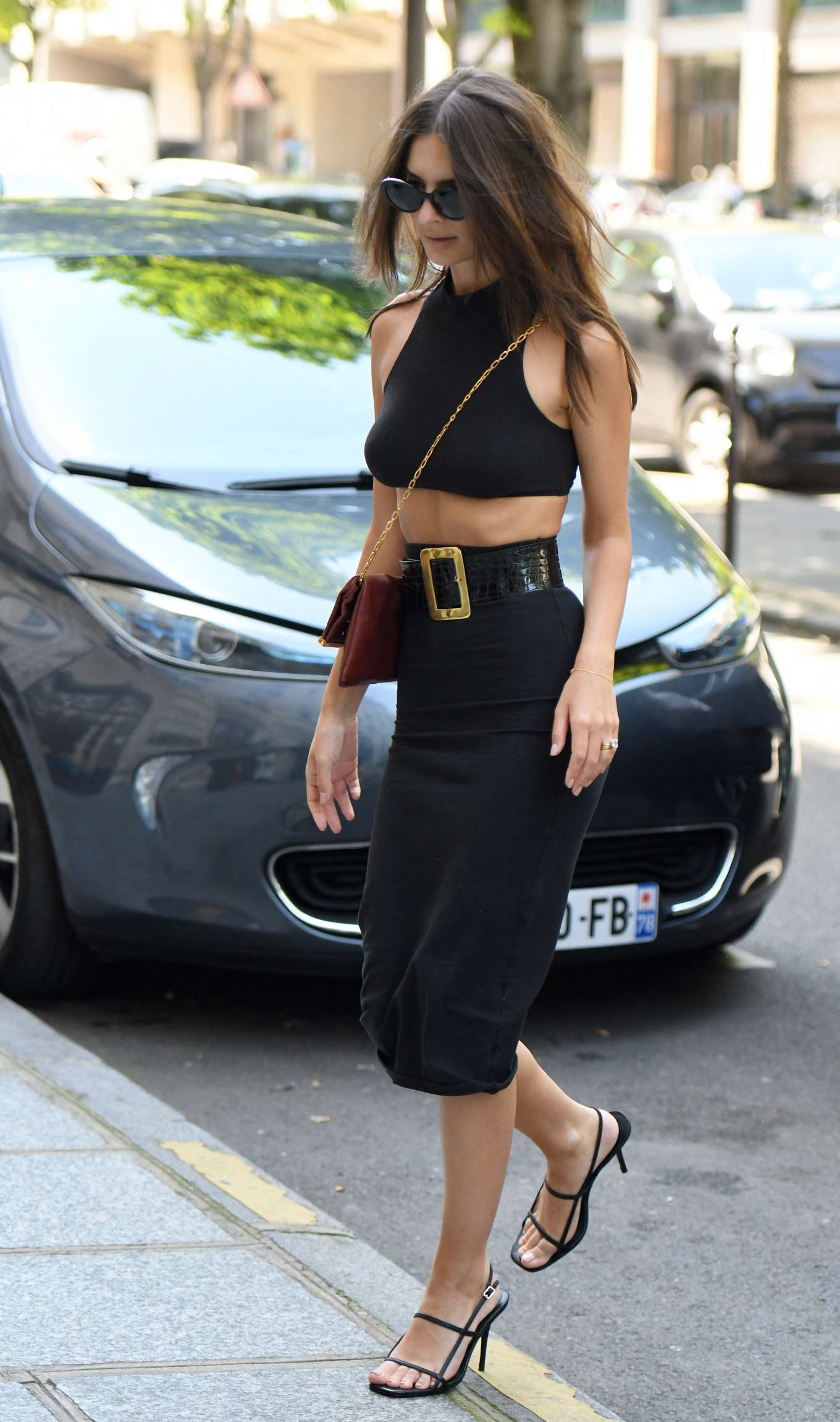 Emily Ratajkowski 2019 : Emily Ratajkowski: Arrives at Royal Monceau hotel-06