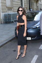 Emily Ratajkowski - Arrives at the Hotel in Paris