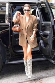 Emily Ratajkowski - Arriving at The Mark Hotel in New York