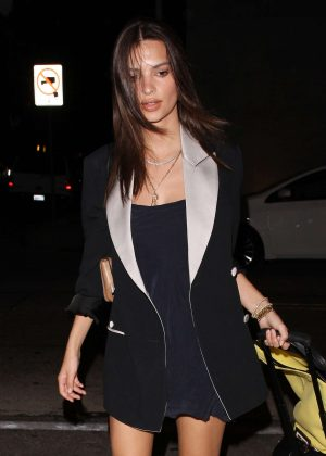 Emily Ratajkowski - Arriving to Craigs restaurant in West Hollywood
