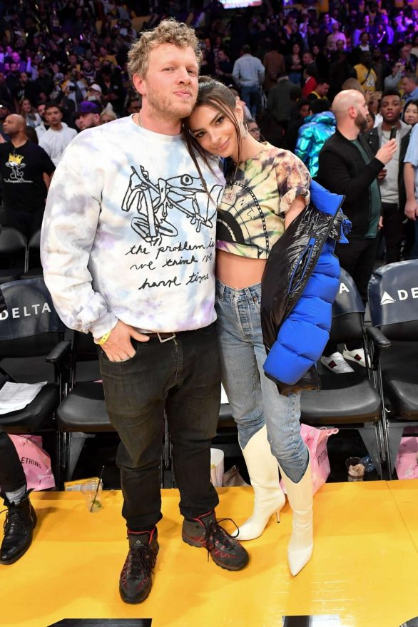 Emily Ratajkowski 2020 : Emily Ratajkowski – Cleveland Cavaliers vs Los Angeles Lakers at Staples Center-09