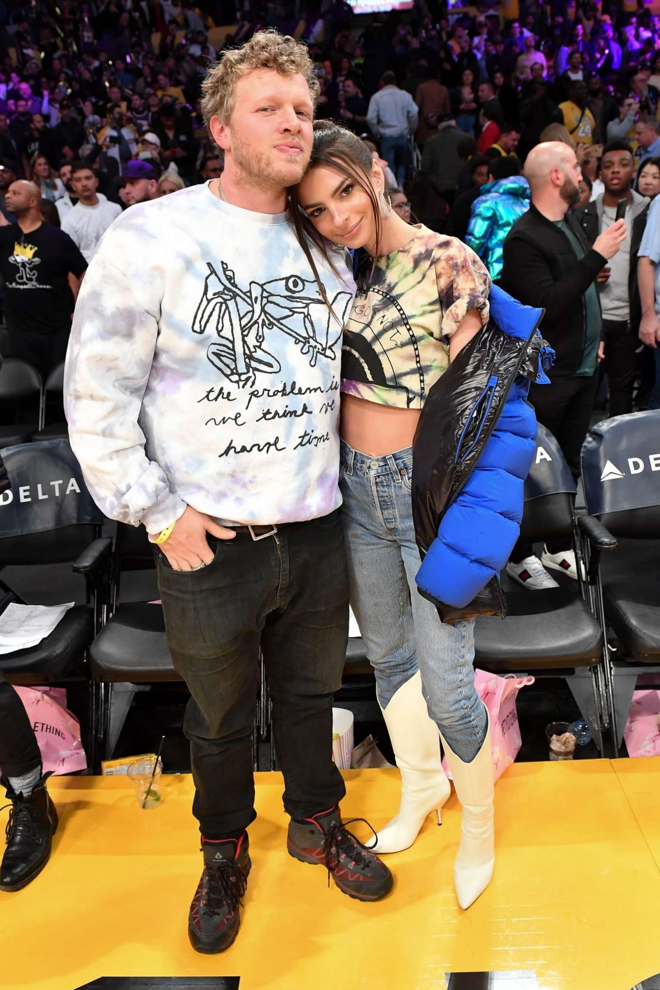 Emily Ratajkowski 2020 : Emily Ratajkowski – Cleveland Cavaliers vs Los Angeles Lakers at Staples Center-09