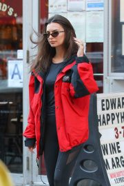 Emily Ratajkowski - Heads to the Strong By Zumba Event in New York