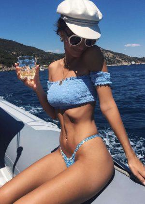 Emily Ratajkowski in Bikini - Instagram Pics
