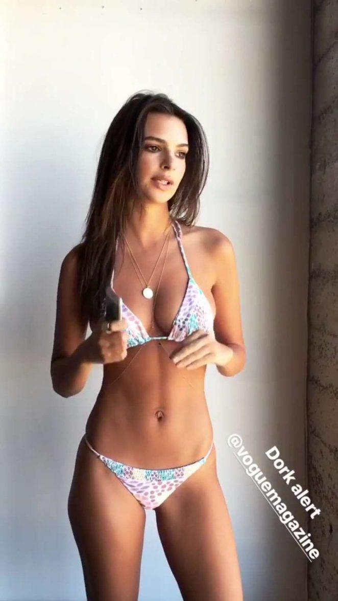 Emily Ratajkowski in Bikini -07