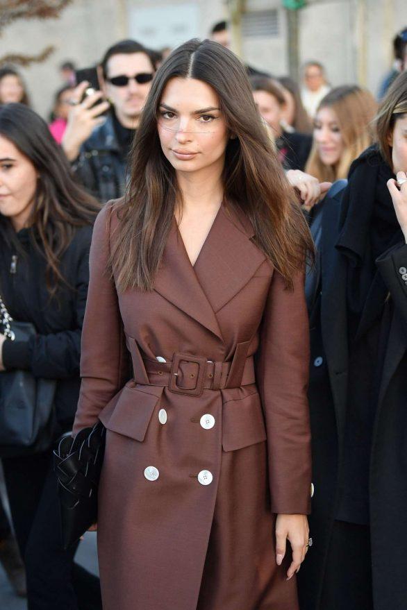 Emily Ratajkowski - In long coat at Prada show at Milan Fashion Week 2020
