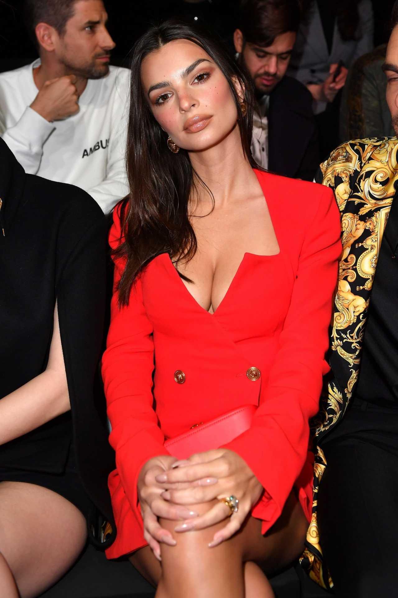 Emily Ratajkowski 2020 : Emily Ratajkowski – In red at Versace Fashion Show in Milan February-07