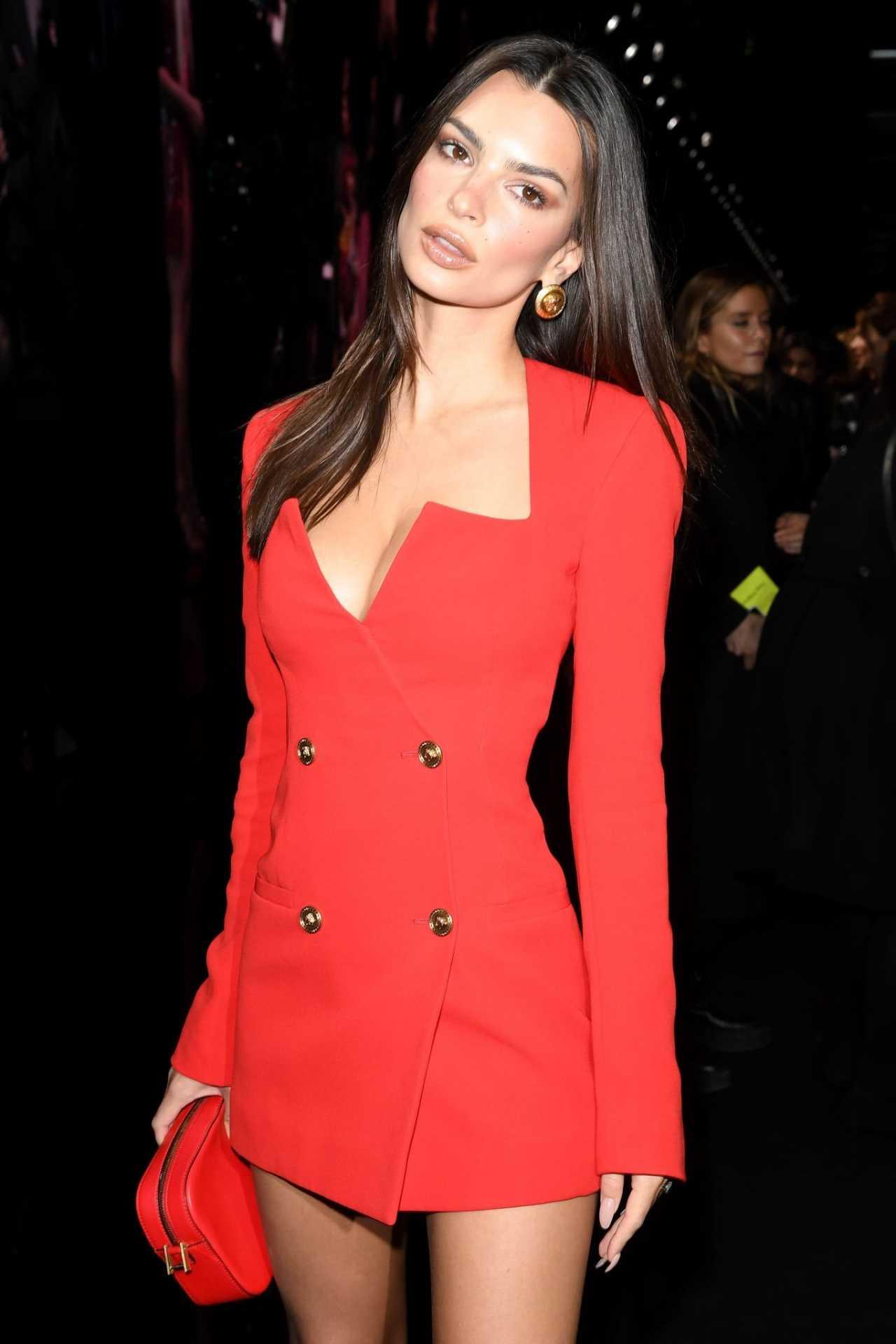 Emily Ratajkowski 2020 : Emily Ratajkowski – In red at Versace Fashion Show in Milan February-10