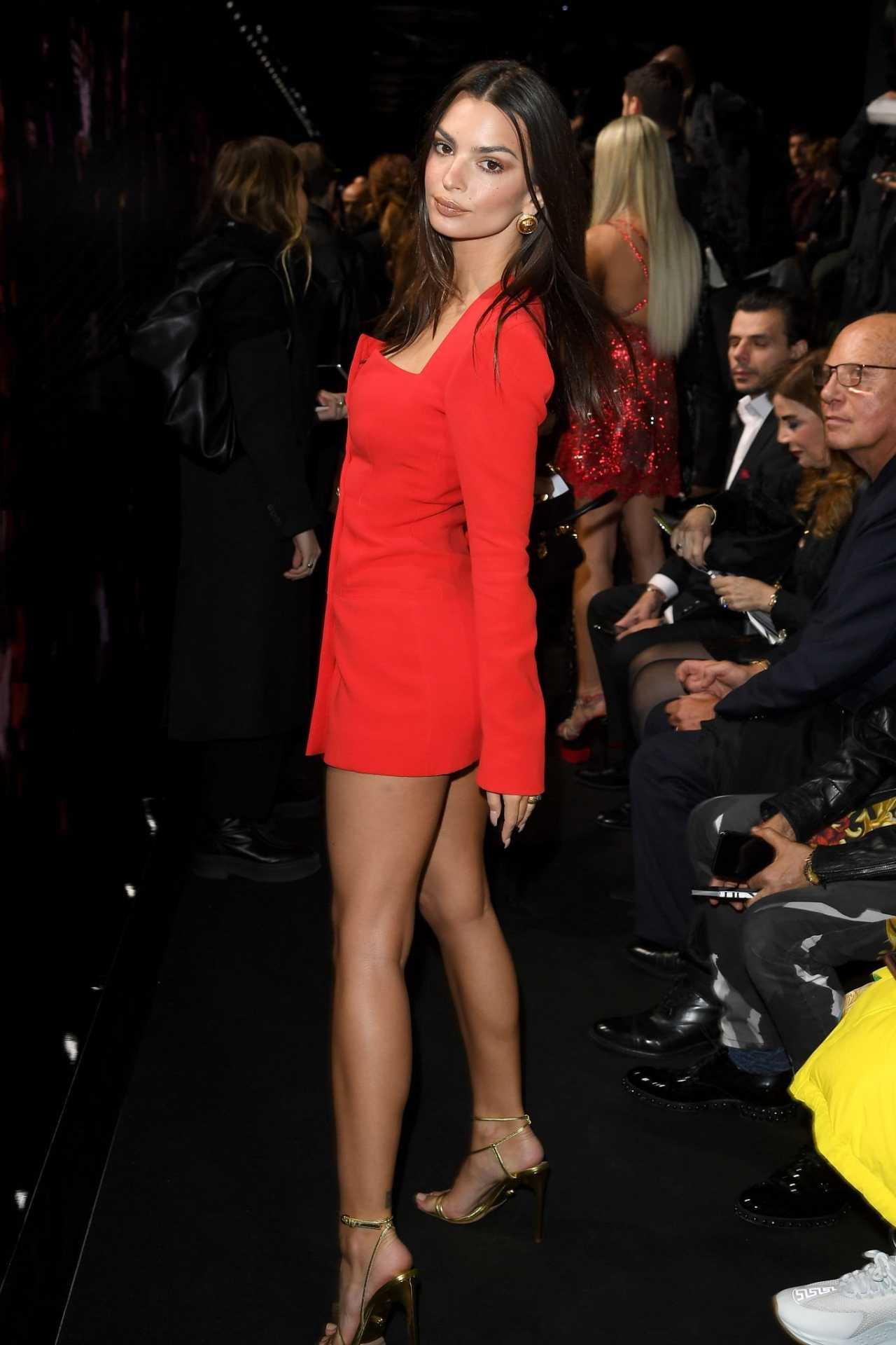 Emily Ratajkowski 2020 : Emily Ratajkowski – In red at Versace Fashion Show in Milan February-11