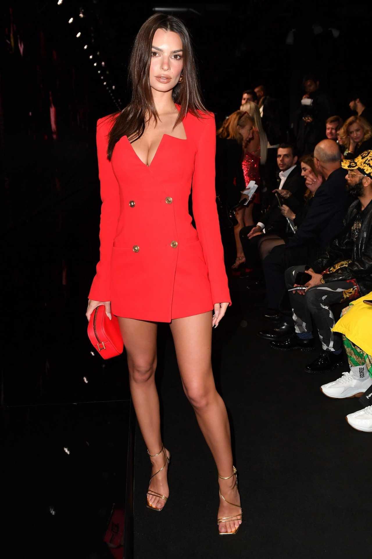 Emily Ratajkowski 2020 : Emily Ratajkowski – In red at Versace Fashion Show in Milan February-13