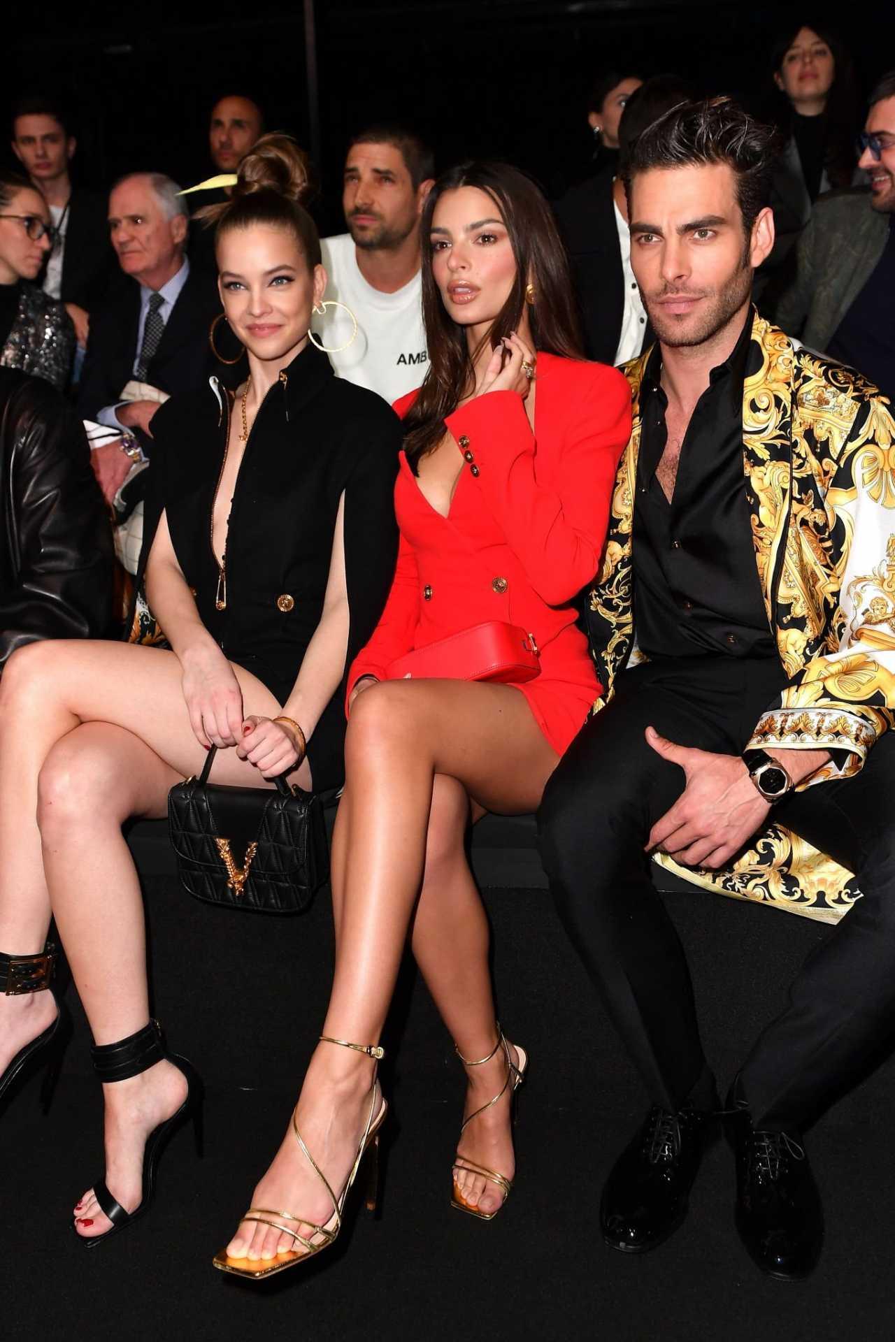 Emily Ratajkowski 2020 : Emily Ratajkowski – In red at Versace Fashion Show in Milan February-15