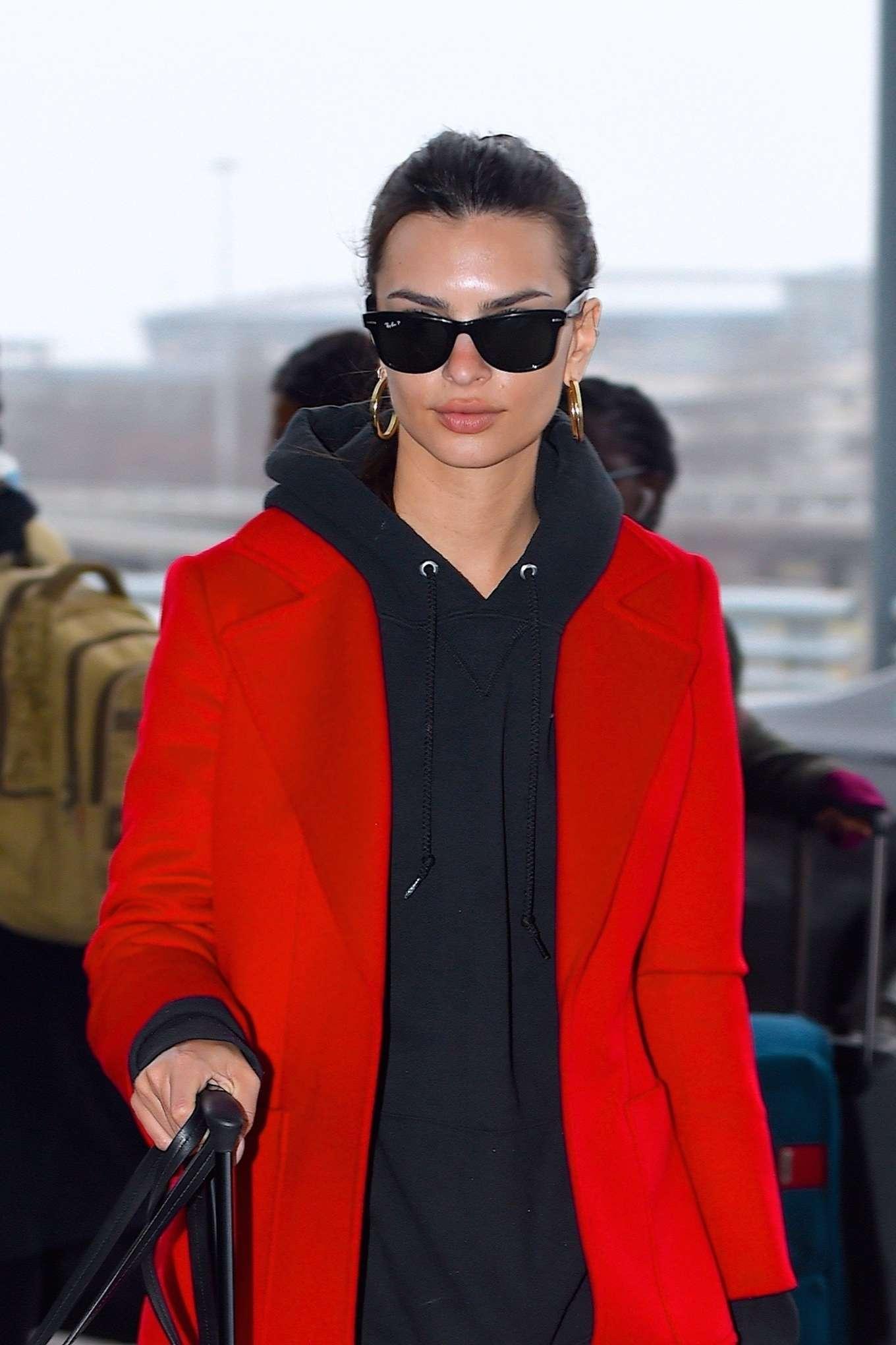 Emily Ratajkowski 2020 : Emily Ratajkowski in red coat ready for flight at JFK airport-01