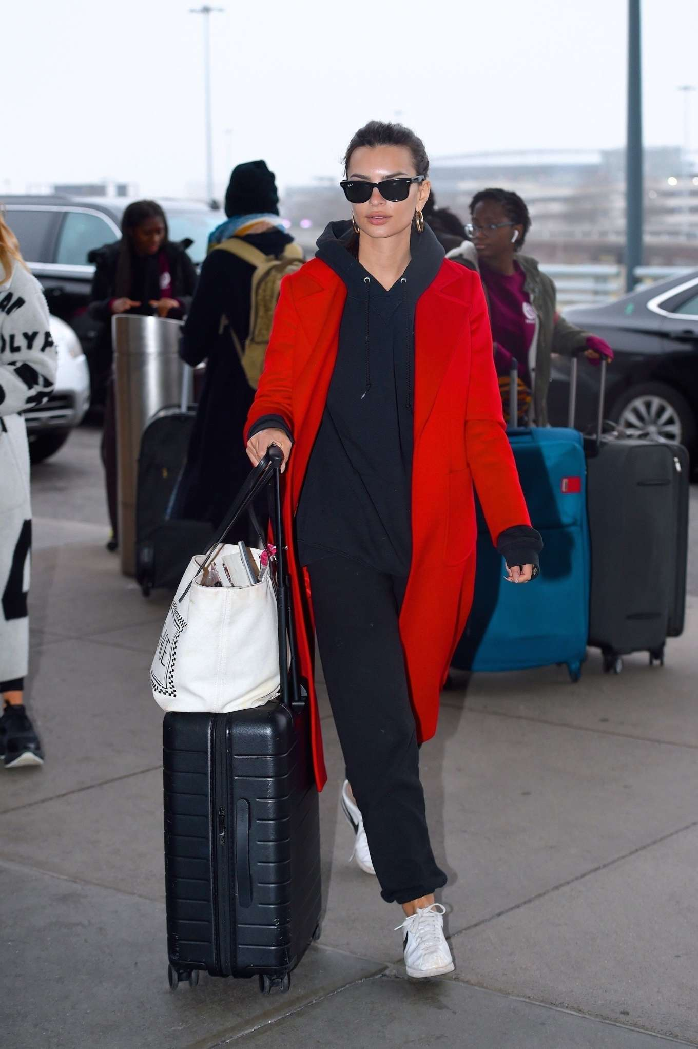 Emily Ratajkowski 2020 : Emily Ratajkowski in red coat ready for flight at JFK airport-02