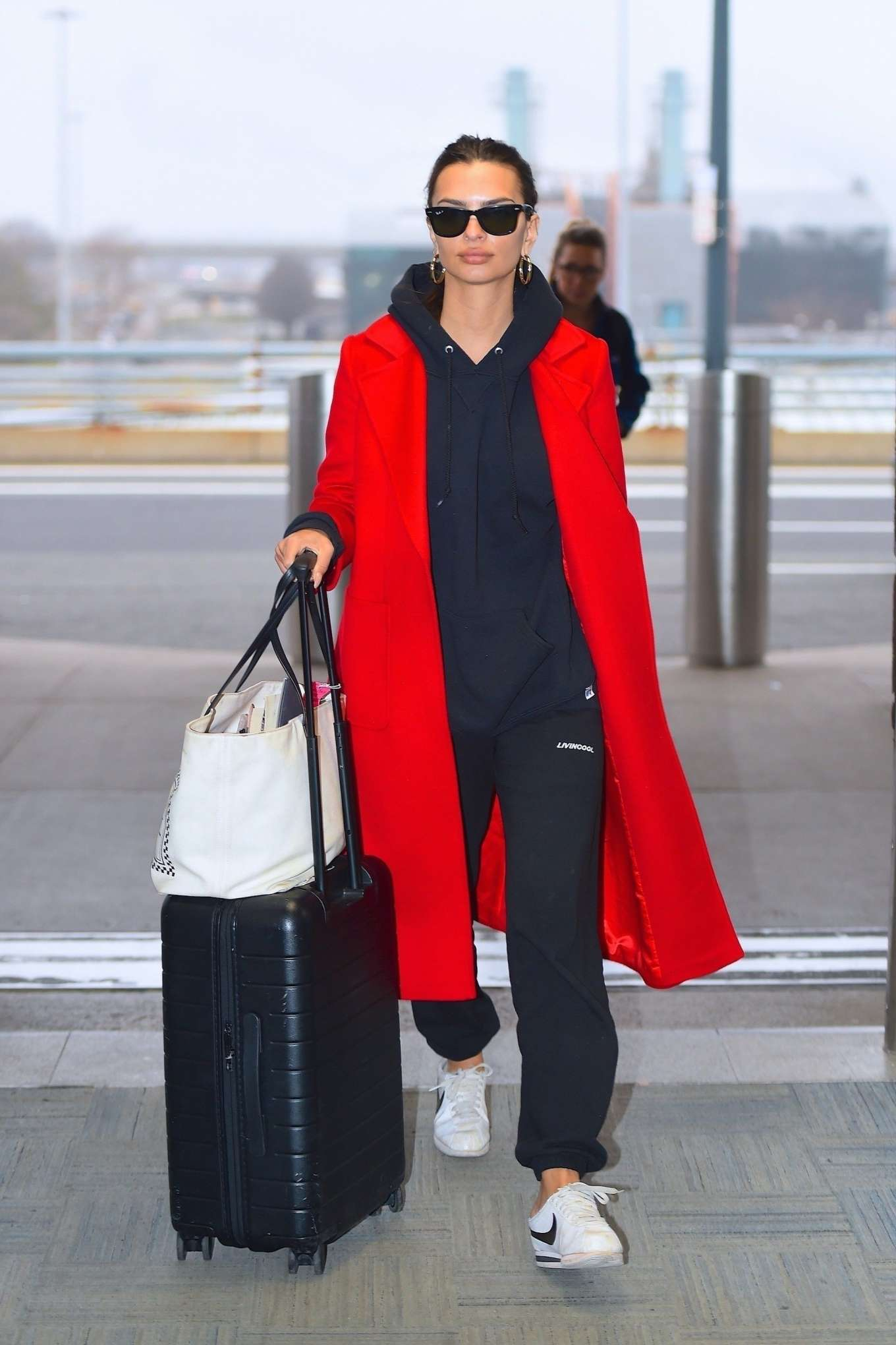 Emily Ratajkowski 2020 : Emily Ratajkowski in red coat ready for flight at JFK airport-09