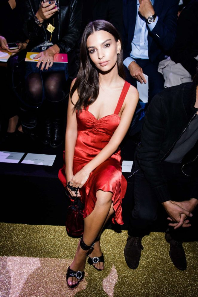 Etam fashion show models dress