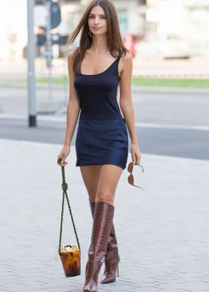 Emily Ratajkowski in Short Dress - Arriving at the Versace Show in Milan