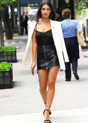 Emily Ratajkowski in Short Leather Skirt -18