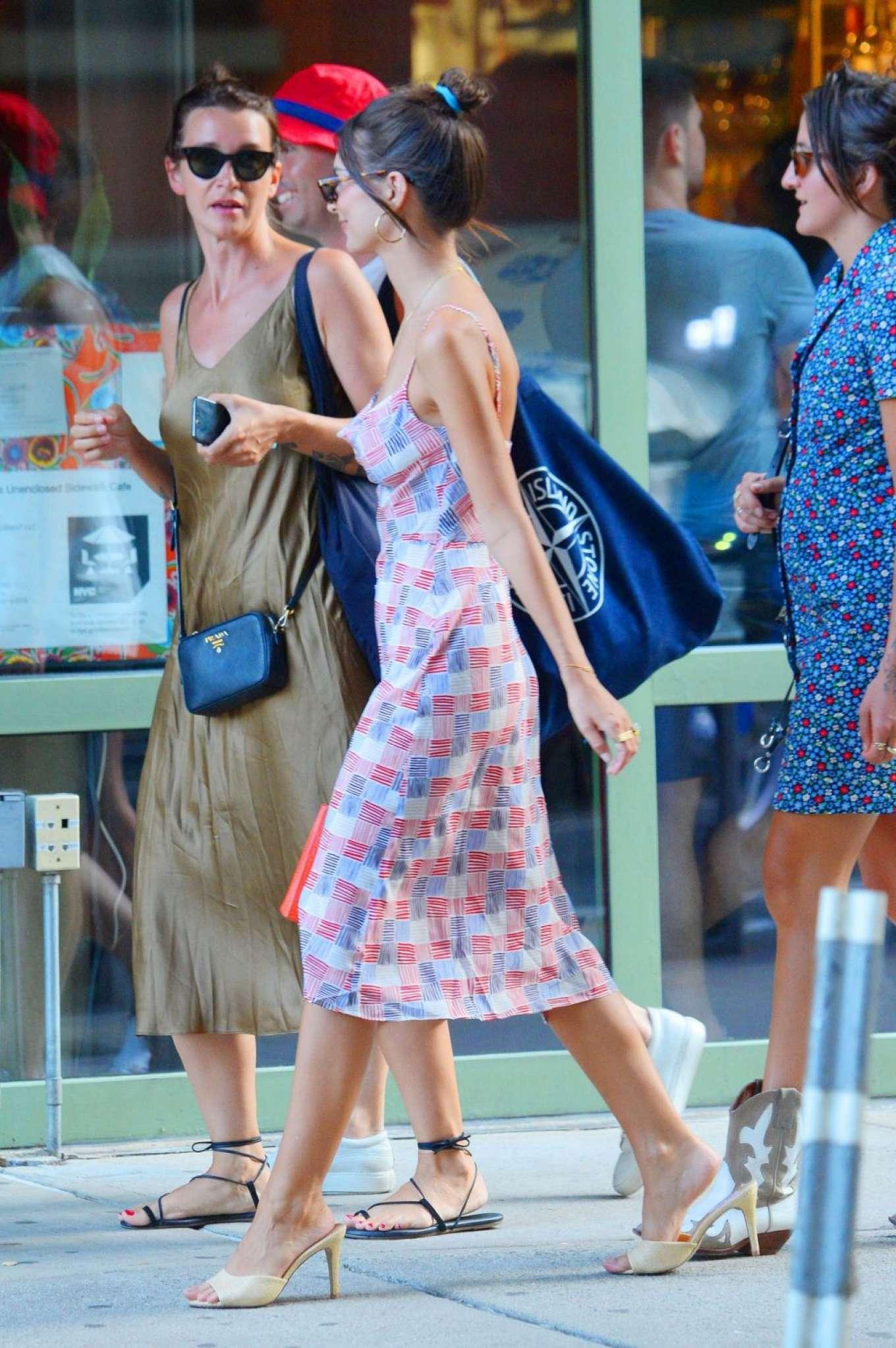 Emily Ratajkowski 2019 : Emily Ratajkowski in Summer Dress-06
